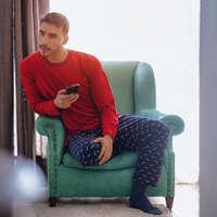 Pijamas para él